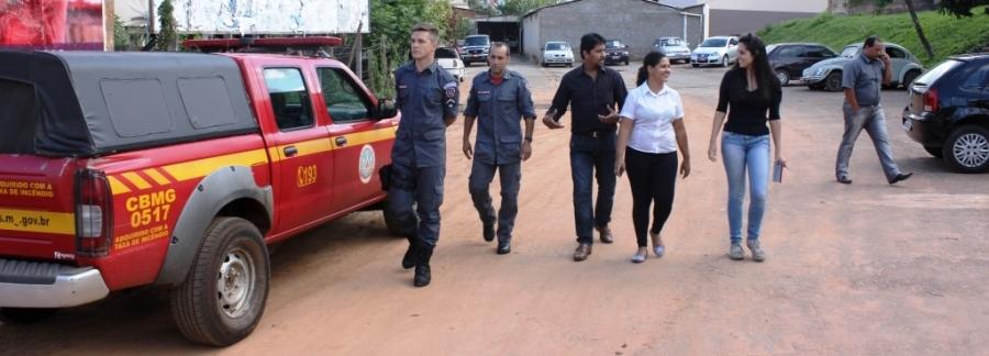 Bombeiros visitam Calçadão para buscar solução