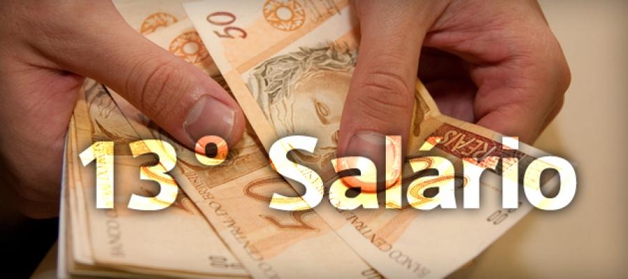 Município paga 13º salario em dia
