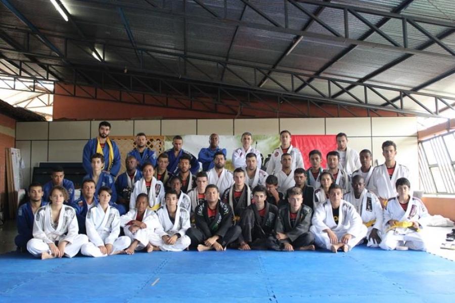 Graduação dos atletas carandaienses de Jiu-Jitsu